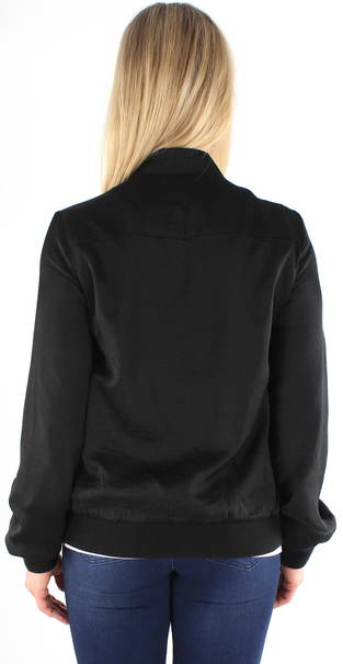 Köp fina kläder från Sara Louise Stilettoshop.se